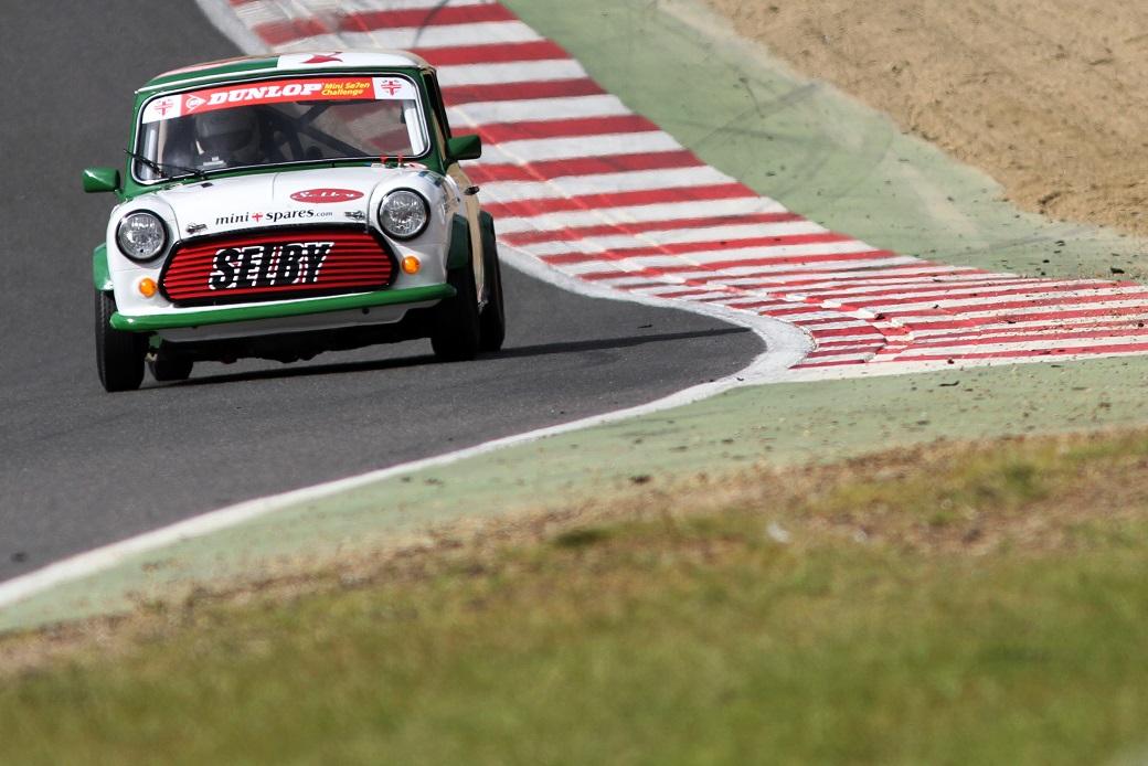 brands-hatch-race-report-01-mini-spares