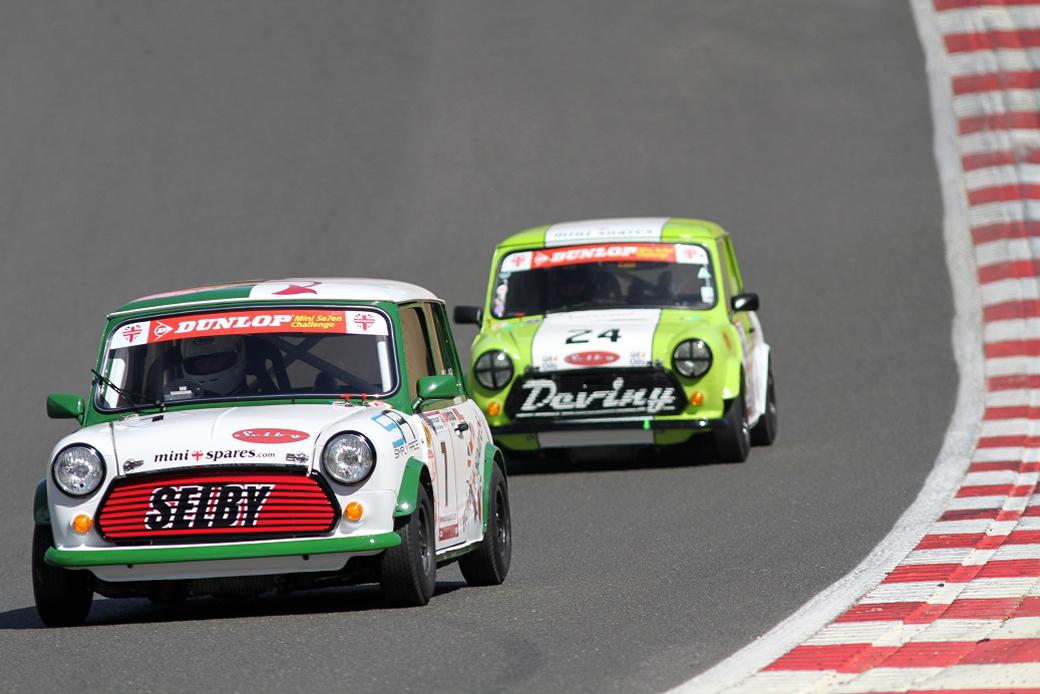 brands-hatch-race-report-02-mini-spares