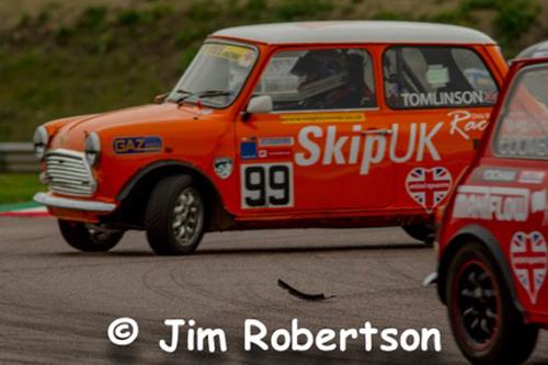 Thruxton-Jim-Robertson-07-Mini-Spares