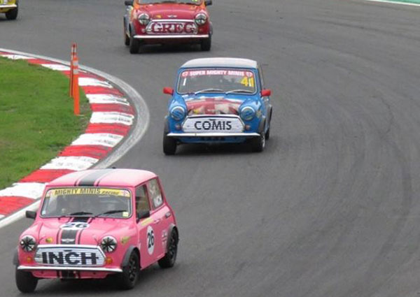 Brands Hatch 2018 super mighty minis